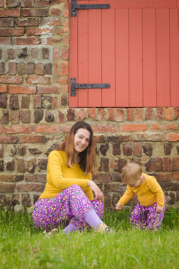 DUNS Sweden Purple Meadow baggy pants mum and baby matching outfits